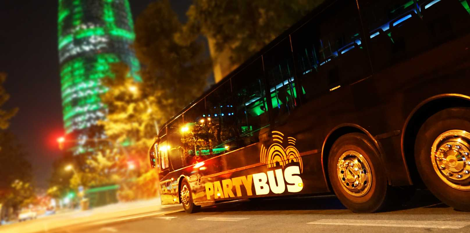 Party Bus Barcelona - La mayor fiesta Disco Bus de Barcelona